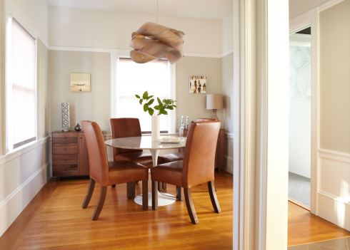neutral dining room saarinen table