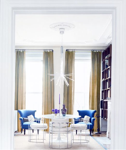 blue-and-gold-dining-room