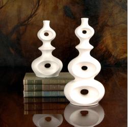 Wingard white vase