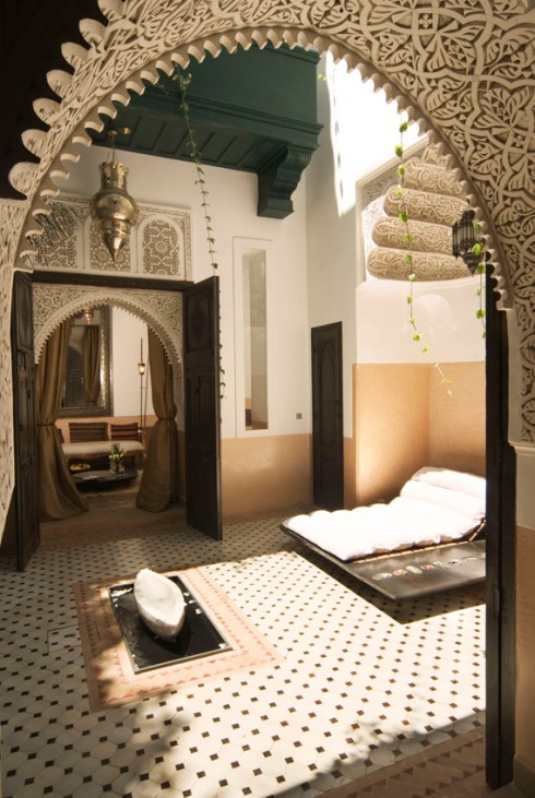 black+white+moroccan+design