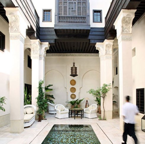 black+white+moroccan+riad+design
